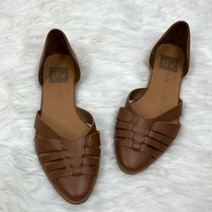 DV Dolce Vita pointed toe brown flats size 6